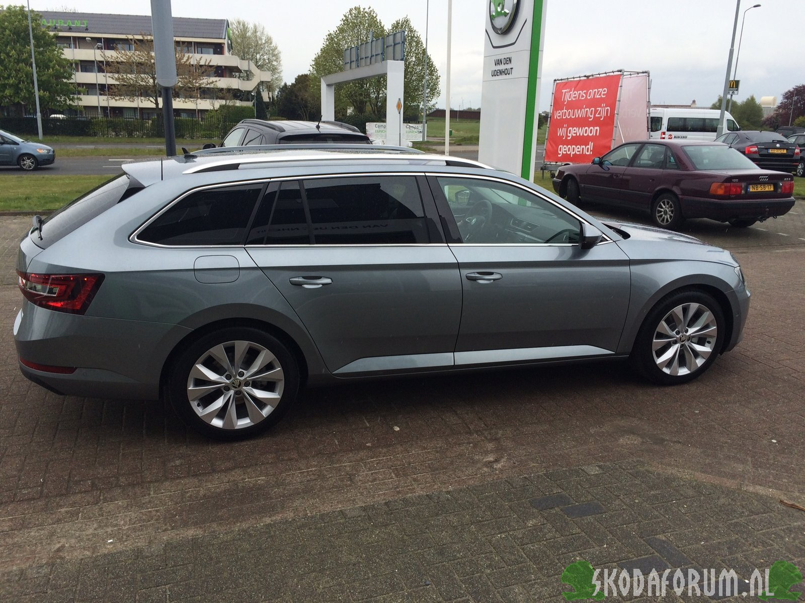 aflevering superb combi business grey skodaforum nl